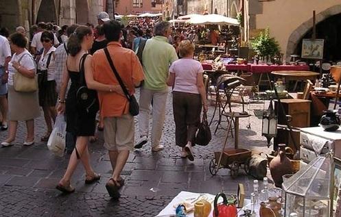 Flea market Annecy